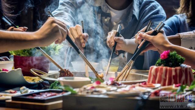 """世界中餐业联合会倡议:提供""""半份、半价""""""""小份、适价""""服务方式-1.jpg"""
