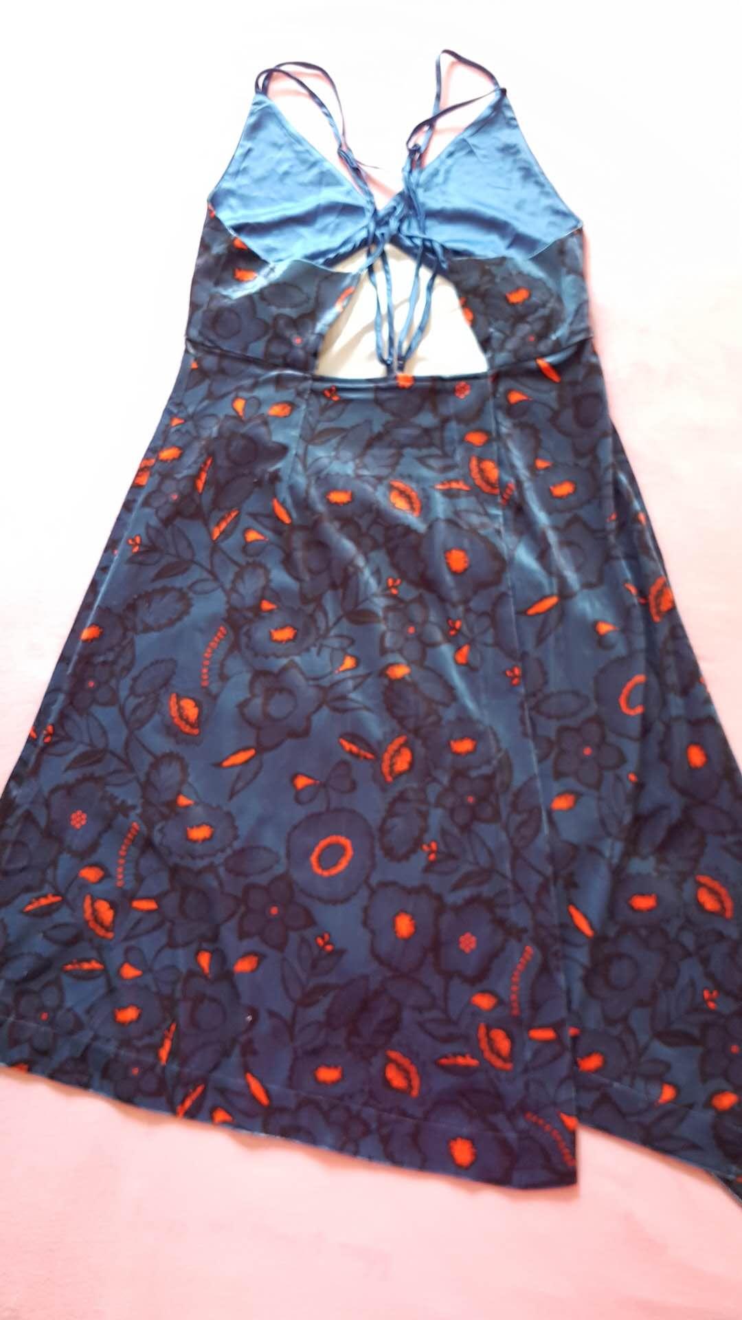 70.深青蓝色低红花丝绒吊带连衣裙2.jpg